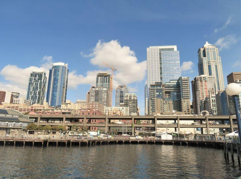Seattle, Washington, 9/14/2017, céntrico, opiniones de la ciudad horizonte de Seattle, Washington fotografía de archivo