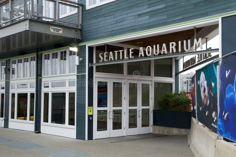 SEATTLE, WASHINGTON, EUA - 25 de janeiro de 2017: Entrada principal do aquário de Seattle na margem imagem de stock