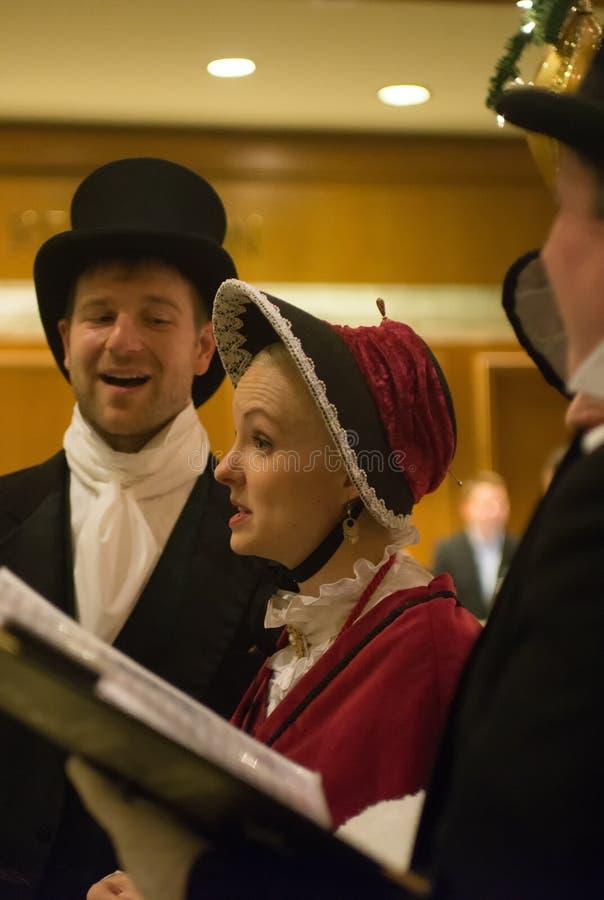 Seattle, Waszyngtońskiego †mężczyzna i kobiety ubiera trad 'grupa obrazy royalty free