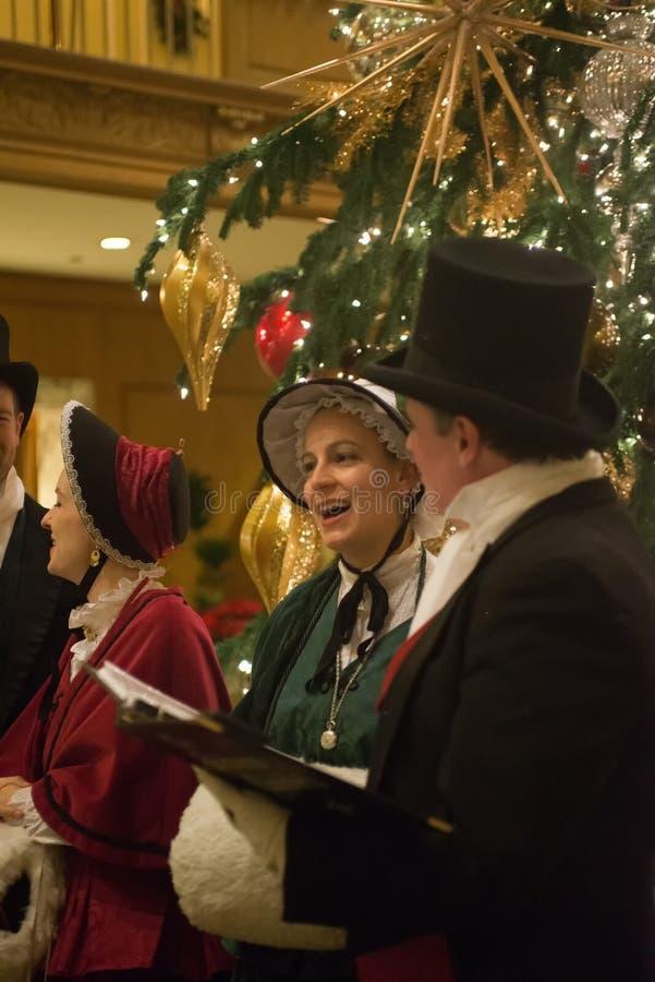 Seattle, Waszyngtońskiego †mężczyzna i kobiety ubiera trad 'grupa zdjęcia stock