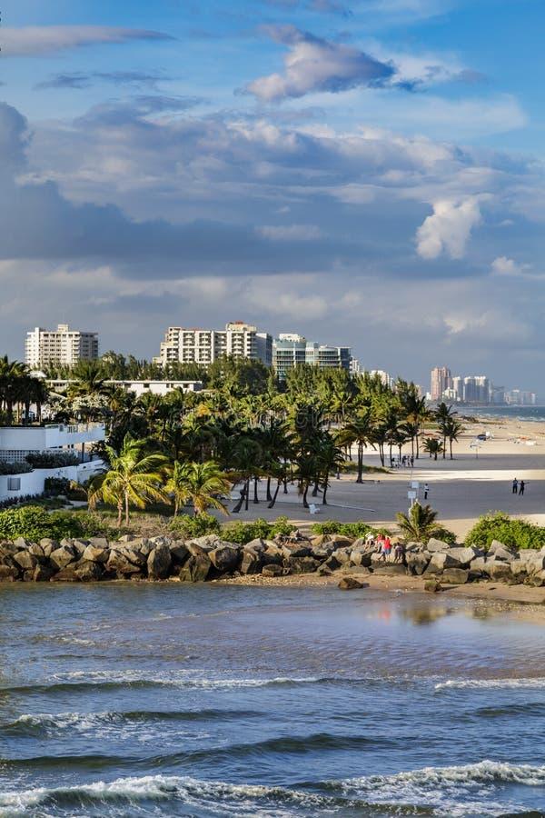Seawall at Fort Lauderdale Beach royalty free stock photo