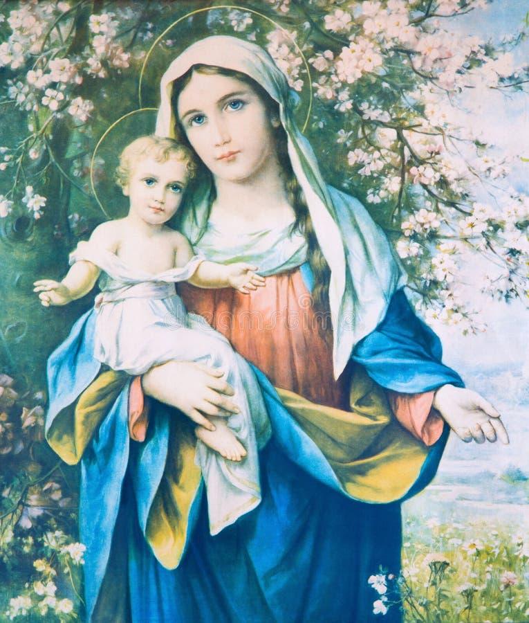 SEBECHLEBY SLOVAKIEN - Madonna med barnet i blommor Katolsk bild från beginn av 20 cent ursprungligen vid den okända konstnären arkivbild