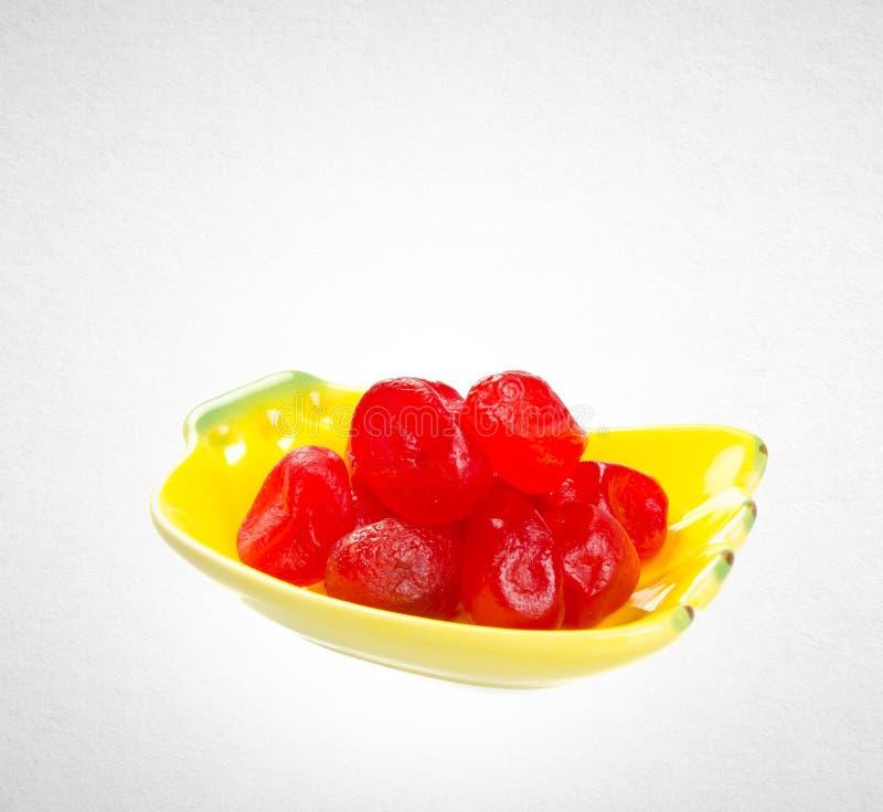 Sec kumquat conservé conservé ou rouge sur le fond images libres de droits