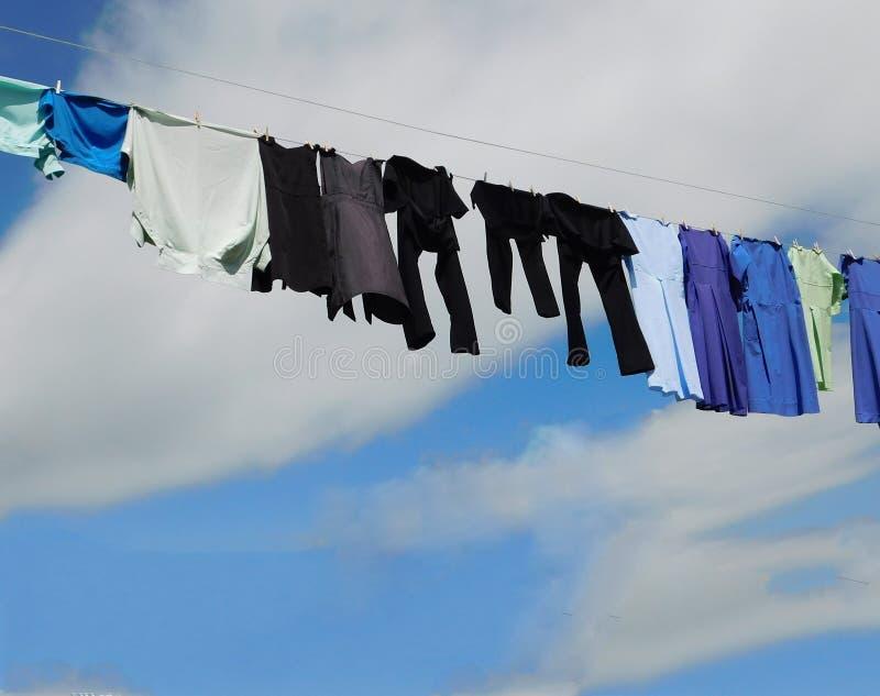 Secagem Amish do ar da roupa fotos de stock