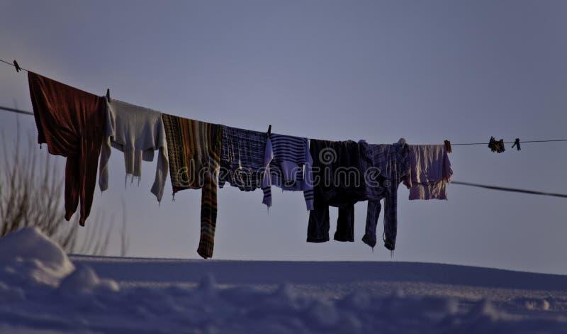 Secagem da lavanderia no fio fotografia de stock royalty free