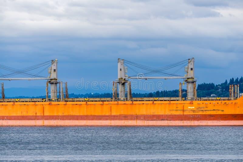 Sección anaranjada de la nave de petrolero fotografía de archivo libre de regalías