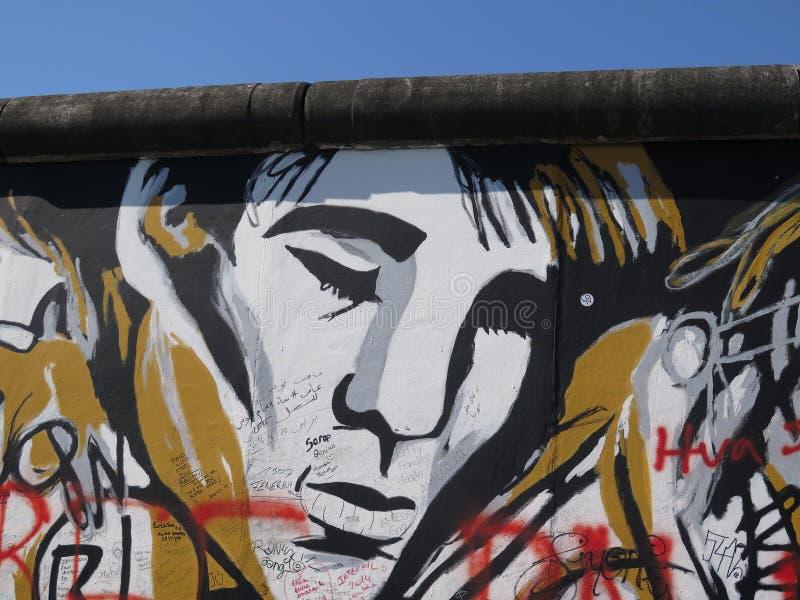 Sección de muro de Berlín foto de archivo