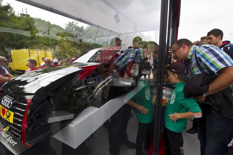 Sección sobre un coche de Audi Sport foto de archivo