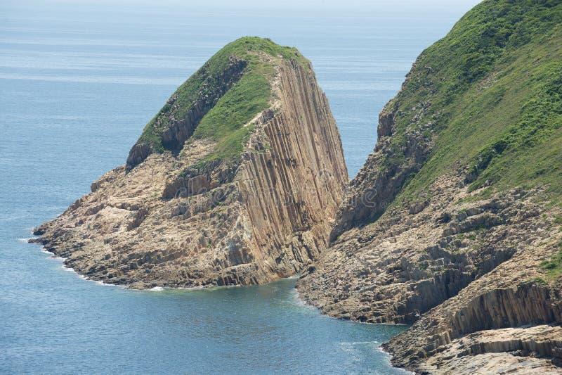 Sechseckige Spalten des vulkanischen Ursprung bei Hong Konvvg Global Geopark in Hong Kong, China lizenzfreies stockfoto
