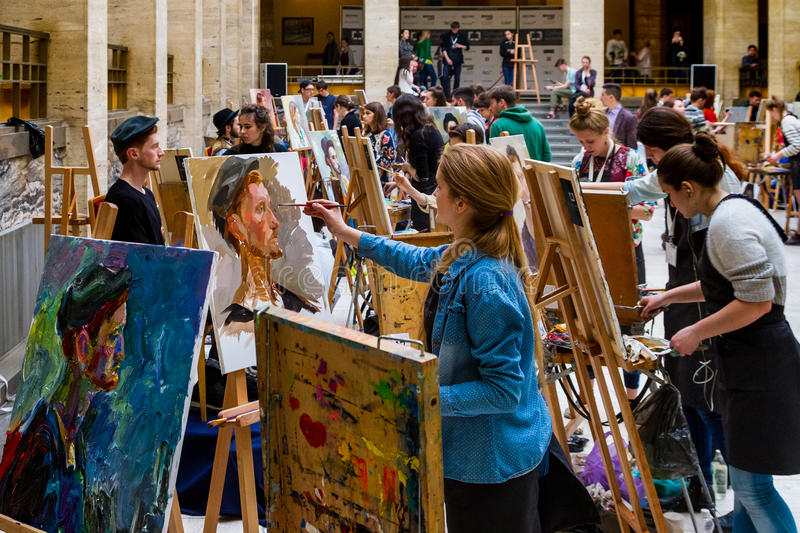 The Second All-Ukrainian Students` Painting Competition Silver E. Uzhgorod, Ukraine - April 28, 2017: Participants draw portraits during the Second All-Ukrainian royalty free stock photos