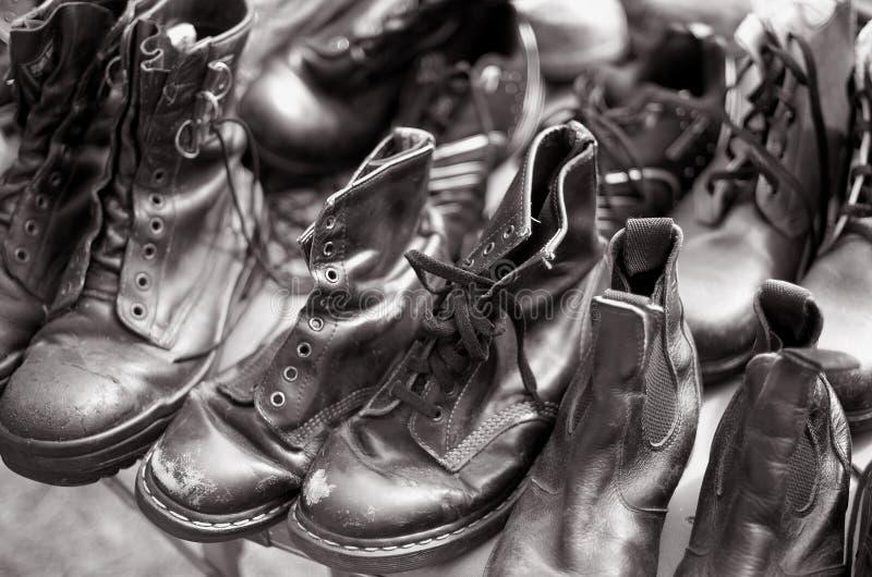Download Secondhand skor arkivfoto. Bild av kläder, skodon, secondhand - 19788384