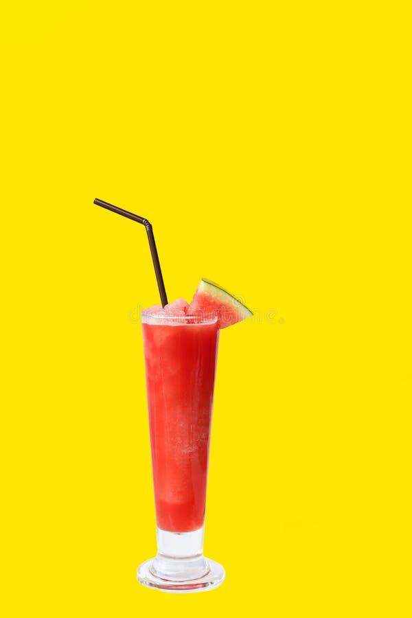 Secousse fraîche de jus de fruit de pastèque d'isolement photos libres de droits