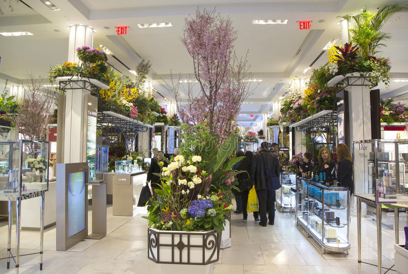 Download The Secret Garden Theme Flower Decoration During Famous Macy S Annual Flower Show Editorial Photo - Image of midtown, nature: 39511891