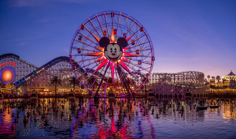 Secteur du centre d'achats et de divertissement de Disney photos stock