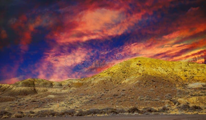 Secteur naturel dans les montagnes, paysage du Nouveau Mexique avec le coucher du soleil image libre de droits