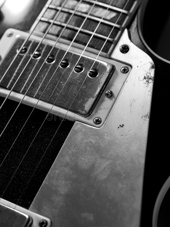 Secuencias macras y recogidas de la guitarra eléctrica fotografía de archivo