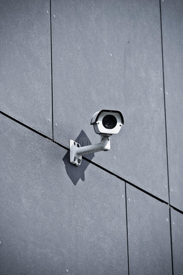 Free Security Camera On Office Building Royalty Free Stock Photography - 27096657