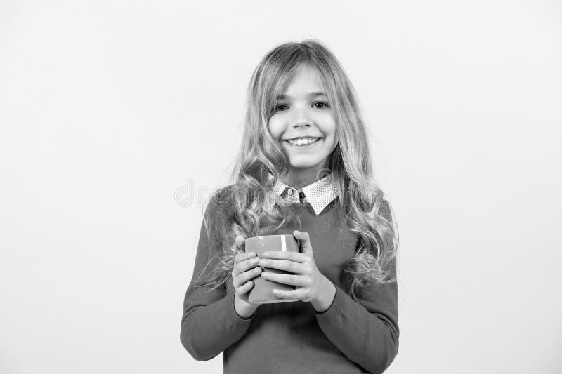Sed, concepto de la deshidratación Salud y bebida sana Descanso para tomar café del té o Muchacha con el pelo rubio largo en suét foto de archivo libre de regalías
