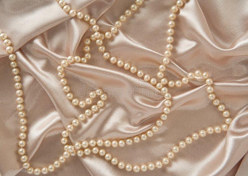 Seda y perlas fotos de archivo libres de regalías