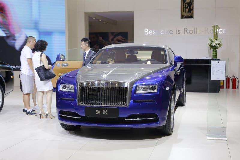 Sedan azul da aparição de rolls royce imagens de stock royalty free