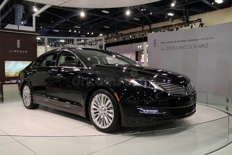 Sedan icônico ameerican novo na feira automóvel foto de stock