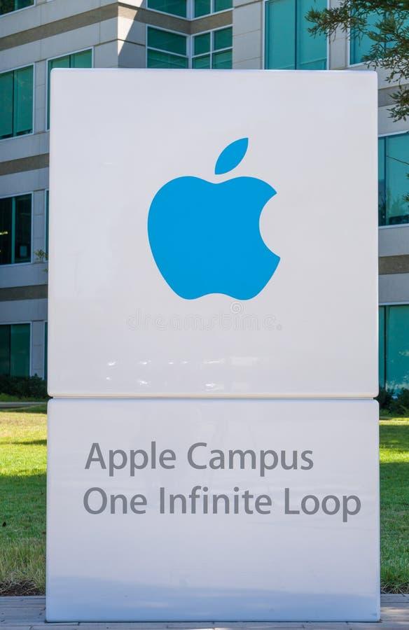 Sedi e logo del mondo di Apple Computer fotografie stock libere da diritti
