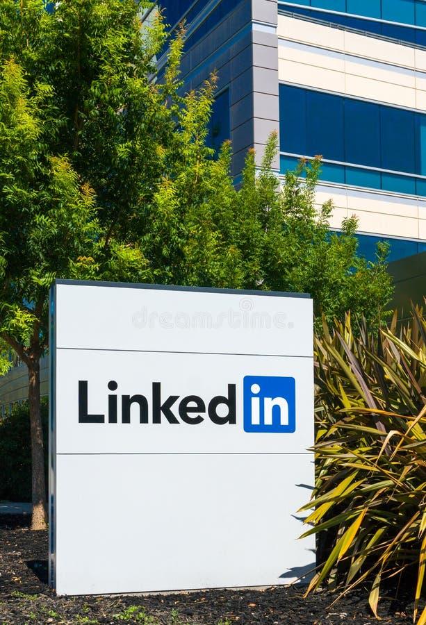 Sedi e segno corporativi di Linkedin fotografie stock libere da diritti