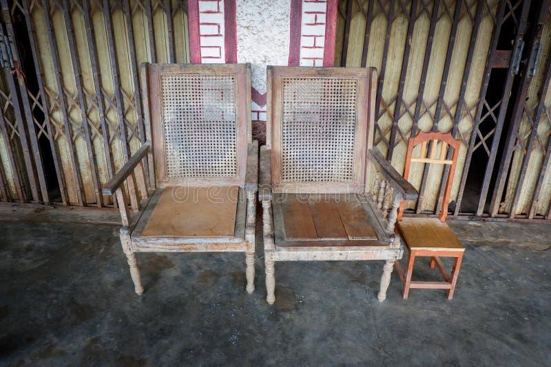 Sedia di legno d'annata fotografia stock libera da diritti