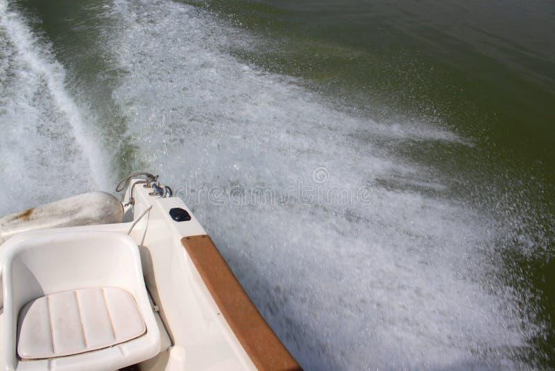 Sedia dietro la barca fotografia stock