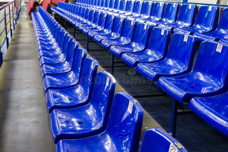 Stock Sedie In Plastica.Foto Stock E Immagini A Tema Sedie Di Plastica Scarica 2 965 Foto