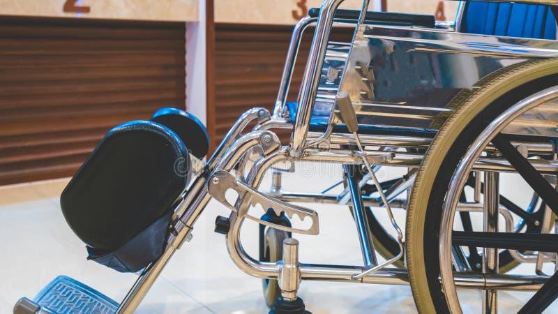 Sedie a rotelle d'accesso per il trasporto dei pazienti fotografia stock