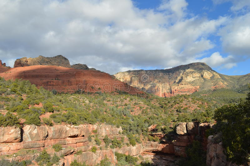Oak Creek Canyon Scenic Drive | Sedona Arizona  |Sedona Fall Scene