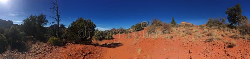 Download Sedona Rode Rots Wandelingsslepen Stock Afbeelding - Afbeelding bestaande uit wandeling, rotsen: 107708547
