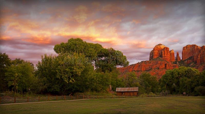 Sedona Sonnenuntergang stockbilder