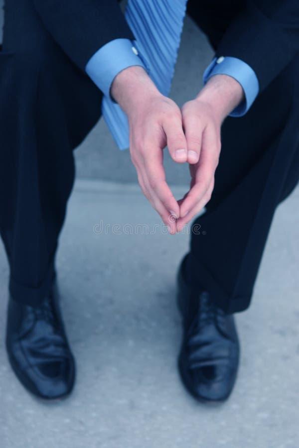 Download Seduta immagine stock. Immagine di vestito, briefcase, ufficio - 218491