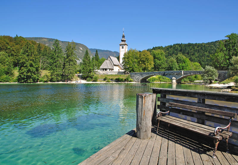 See Bohinj, Lulian Alpen, Slowenien, stockbild