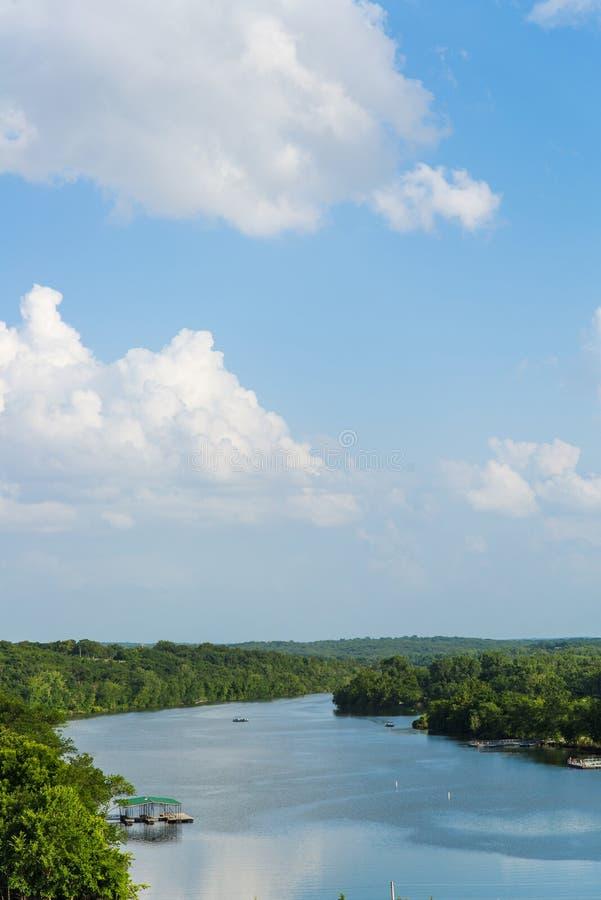 See des Ozarks Missouri stockbilder