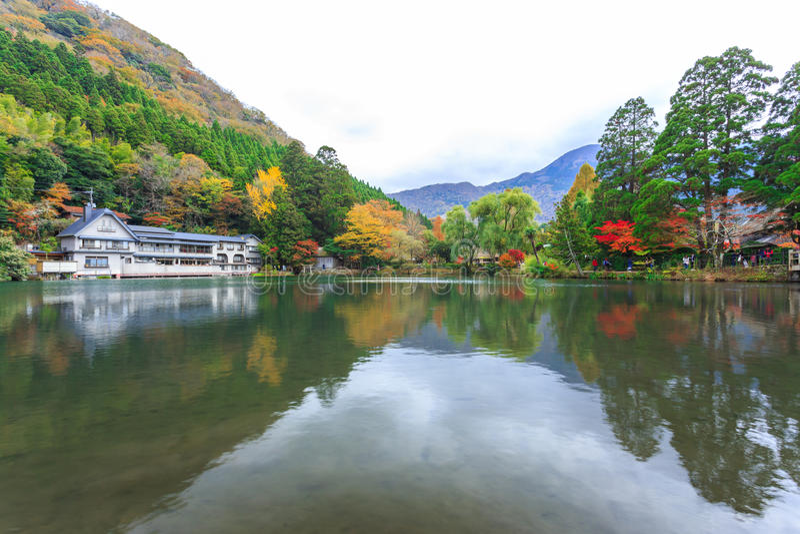 See Kinrinko in Yufuin, Kyushu, Japan lizenzfreies stockbild