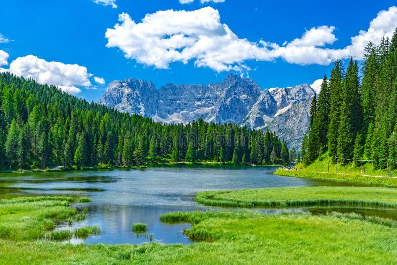 See Misurina im Sommer, Italien lizenzfreies stockfoto