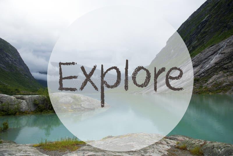 See mit Bergen, Norwegen, Text erforschen lizenzfreie stockfotografie