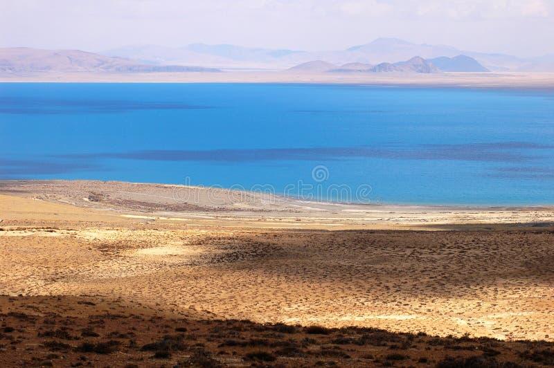 See und Berge in Tibet stockfotografie