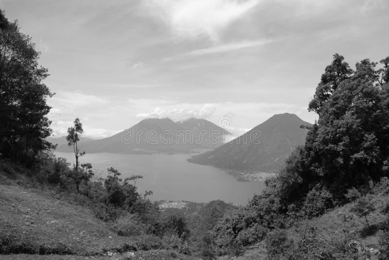 See von Atitlan stockbild