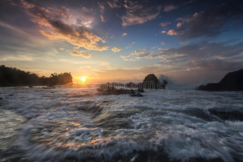Seeansicht, Sonnenaufgang lizenzfreie stockbilder