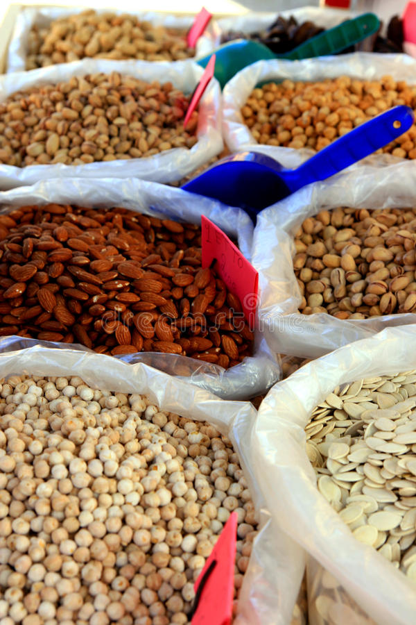 Free Seeds Almonds & Pistachios Traditional Market Stock Images - 9753304