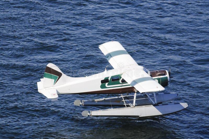 Seeflugzeug, das hereinkommt zu landen lizenzfreies stockfoto