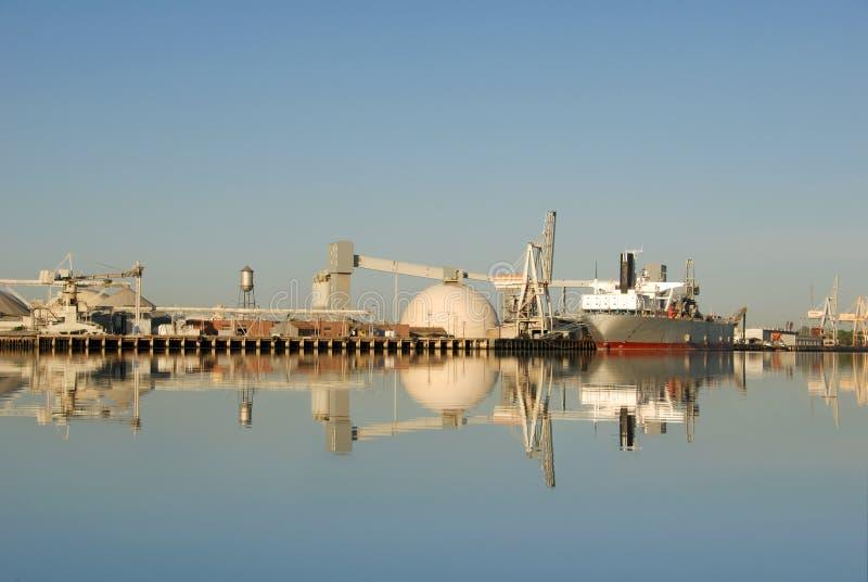 Seehafen-Reflexion, Kanal von Stockton stockfotografie