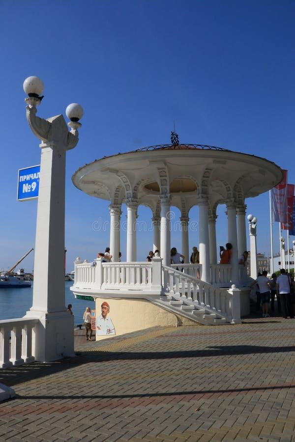 Seehafen von Sochi lizenzfreies stockbild