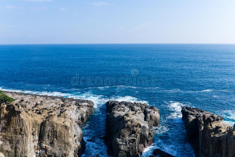 Seeküste in Miyazaki-Stadt von Japan lizenzfreie stockfotos