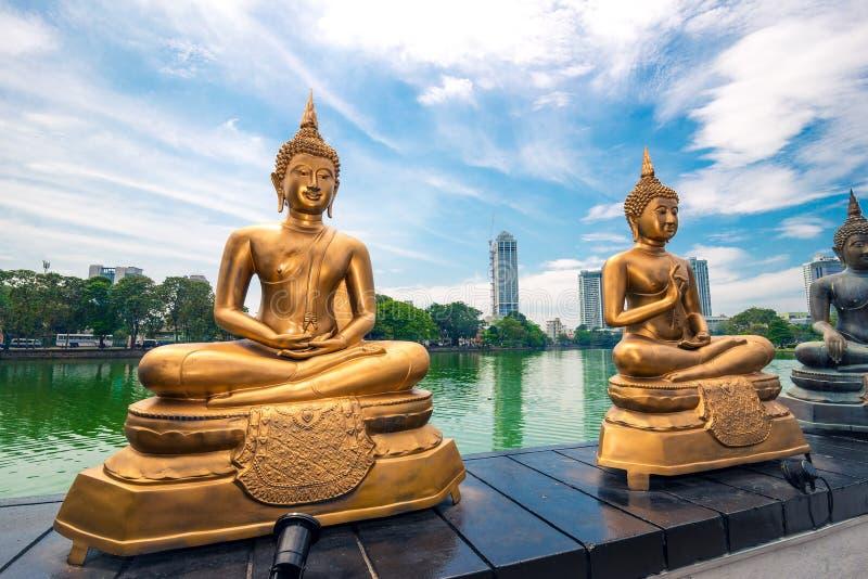 Seema Malaka寺庙在科伦坡在Beira湖位于 库存照片