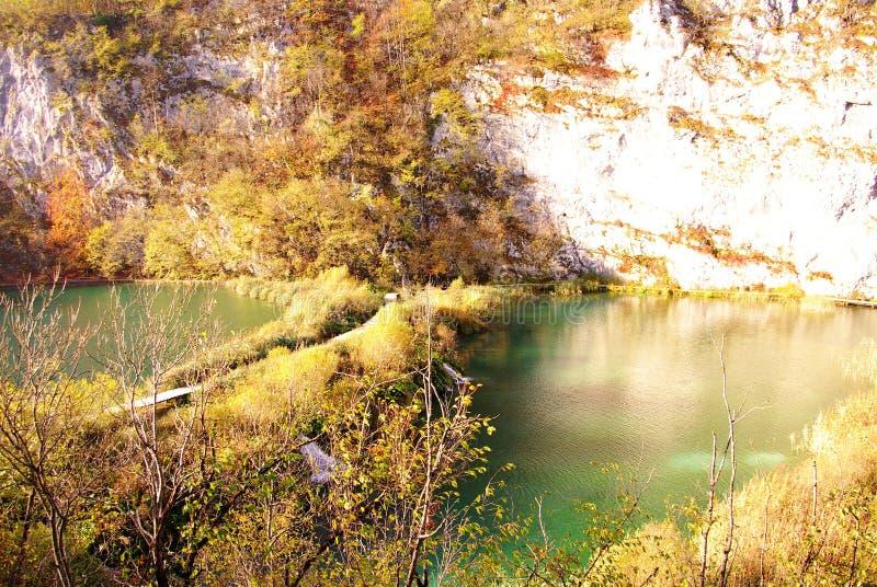 Seen und Wasserfälle lizenzfreies stockbild